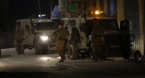 الجيش الاسرائيلي يعتقل 17 مواطنا في القدس والضفة