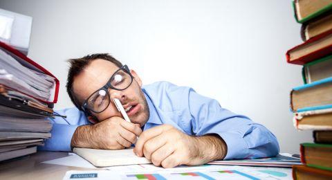 ساعات العمل الطويلة تعرض حياة الموظفين للخطر!