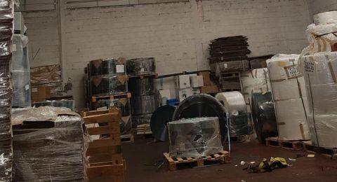 اصابة خطيرة لعامل سقط من علو بمصنع في اشكلون