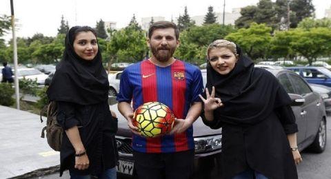 ميسي الإيراني يستدرج 20 معجبة بطريقة ماكرة !