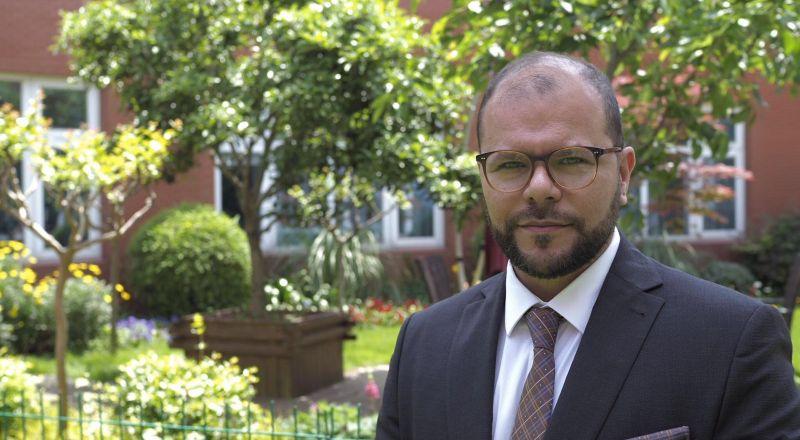 د. فراس أبو عكر: التدخين هو المسبب الأساسي لسرطان الرئتين!