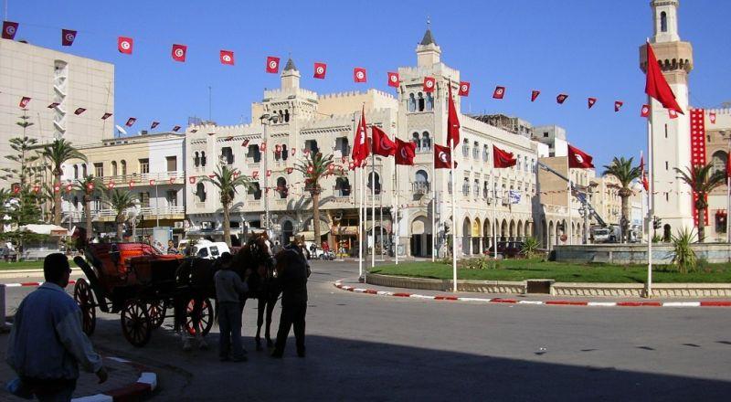 الرئاسة التونسية: صحة السبسي في تحسن وتحدث هاتفيا مع وزير الدفاع