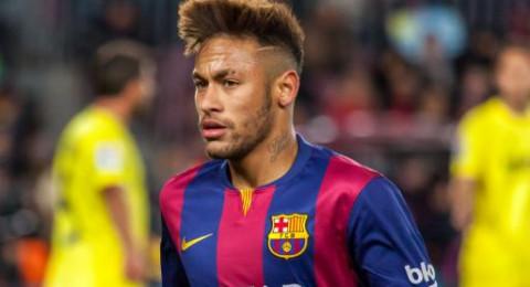 باريس سان جيرمان يطلب من برشلونة تخفيض قيمة صفقة نيمار