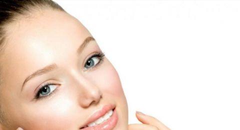 طرق ناجحة وسهلة لإزالة شعر الوجه في المنزل