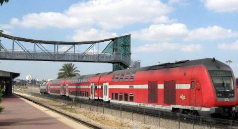 أول رحلة للقطار السريع بين القدس ومطار اللد