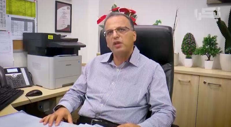 د.عوني يوسف يتحدث عن مخاطر الحقائب المدرسية الثقيلة على الطلاب، وعن الحلول