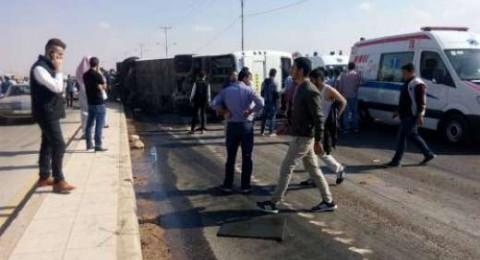 6 قتلى وعشرات المصابين بانقلاب حافلة طلاب جامعيين في أربد بالأردن