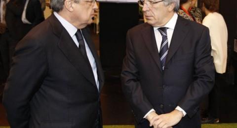الفيفا يعلق عقوبة ريال مدريد واتلتيكو