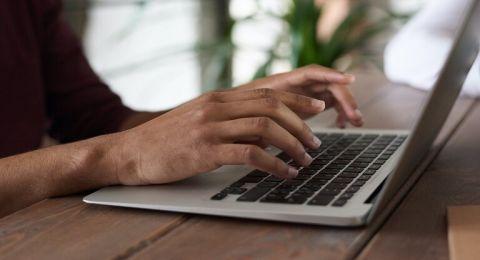 طرق بسيطة للحفاظ على سرية بيانات الحواسب والأجهزة الذكية