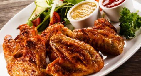 أجنحة الدجاج بالزنجبيل والبرتقال لمقبلات شهية