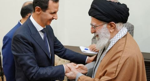 الأسد في طهران.. وخامنئي يهنئه بـ