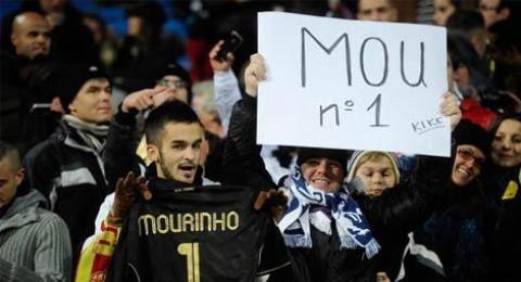 مشجعو ريال مدريد يتظاهرون لابقاء مورينيو