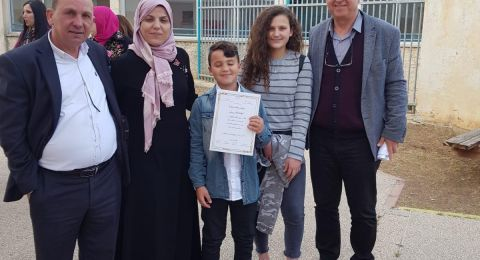 الطالب عاطف روبيرت ابو ريا: الخطيب الأفضل بالمدارس