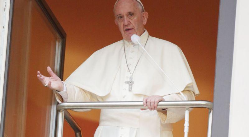 بابا الفاتيكان يقبل استقالة كاردينال متهم بجرائم جنسية