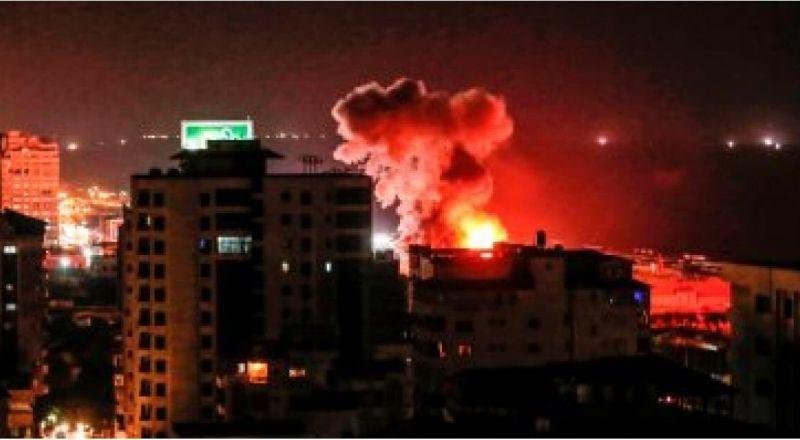 الجيش السوري يتصدى لغارات إسرائيلية على مطار حلب والمدينة الصناعية