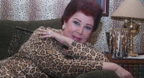 ابنة رجاء الجداوي تكشف تفاصيل إصابة والدتها بكورونا