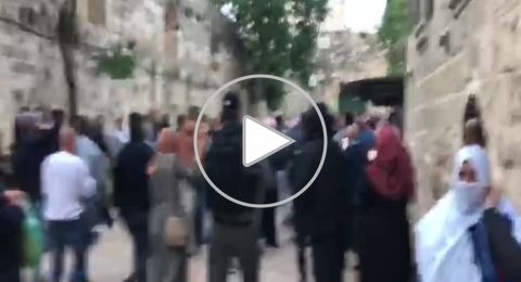 القدس: الشرطة الإسرائيلية تعتدي على المصلين عقب صلاة العيد