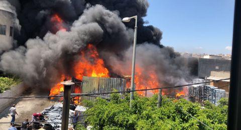 حريق شفاعمرو التهم مخزنًا وبنايتين وأسفر عن 13 مصابًا .. وفي عكا طنجرة تحرق منزلًا