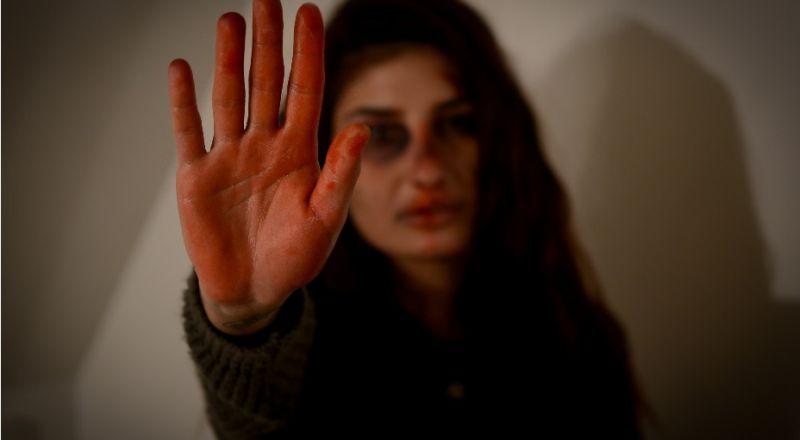 25 تشرين ثاني .. العنف ضد النساء، آفة مستمرة، وجب ايقافها - كلمة حق