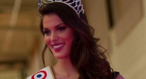 ثريّ عربي يطلب الزواج من ملكة جمال الكون