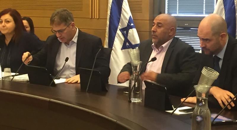 لأول مرة وبمبادرة النائب طلب ابو عرار انشاء لجنة ثانوية في الكنيست لعلاج قضايا عرب النقب خاصة