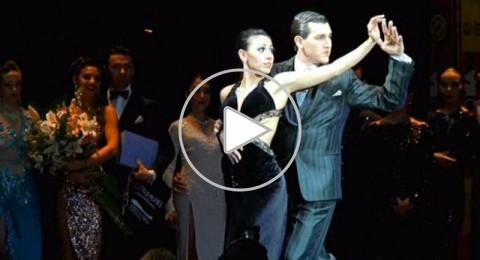 الأرجنتين الأولى في رقص التانغو