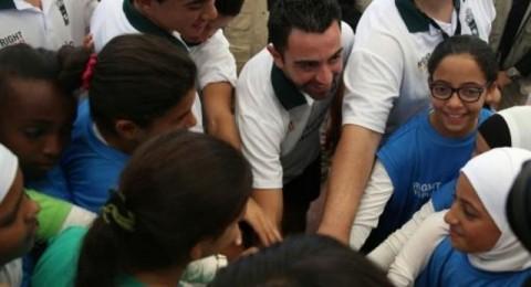 تشافي يزور مخيما للاجئين الفلسطينيين في الأردن