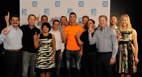 تعالوا للتبرع بالدم! ابوت وكريستيانو رونالدو يدعوان الجمهور للانضمام لمبادرة  الـ Be The 1