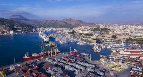 إسرائيل تبحث تعزيز التعاون التجاري مع الامارات في قمة دبي ديسمبر المقبل