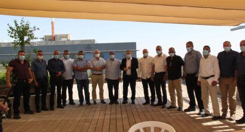 الوزير بيرتس يعقد اجتماعًا مع رؤساء السلطات البدوية في النقب