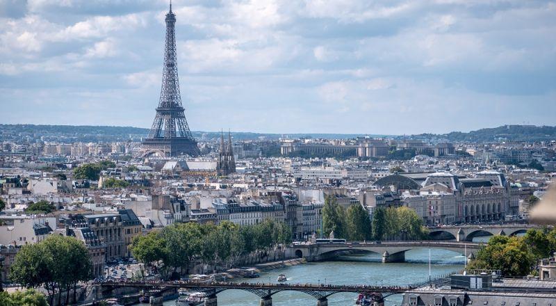 هل من أهمية التجارية للدول العربية لدى فرنسا؟