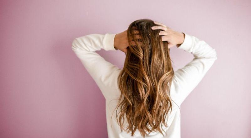 هل تعانين من فراغات الشعر؟ إليك الحل الأسرع