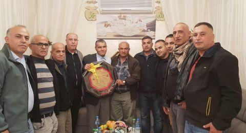 بستان المرج : توافد المئات من المهنئين لتهنئة عبد الكريم زعبي (أبو نائل) بالفوز برئاسة المجلس.
