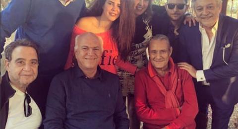 أول ظهور للفنان فاروق الفيشاوى بعد خضوعه للعلاج من السرطان