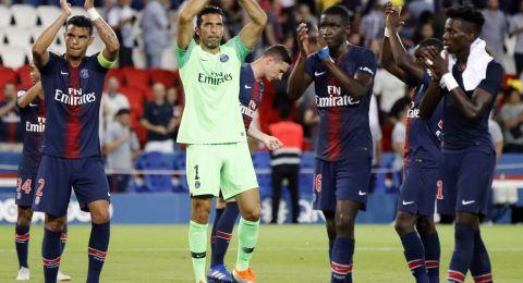 ابرز احداث الامس:باريس يسقط ليفربول.. برشلونة يحسم الصدارة.. توتنهام ينتصر على إنتر