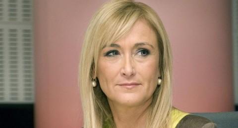 """امرأة.. تسعى للإطاحة بـ""""بيريز"""" من رئاسة ريال مدريد"""