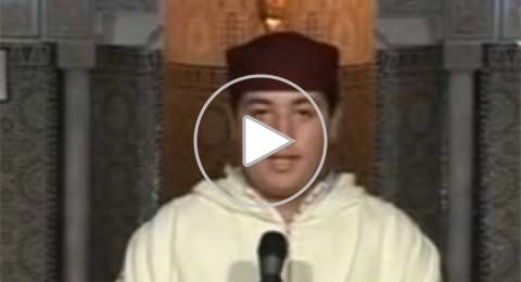 فيديو: مغربي يتحول من تلاوة القرآن للغناء في برنامج ذا فويس