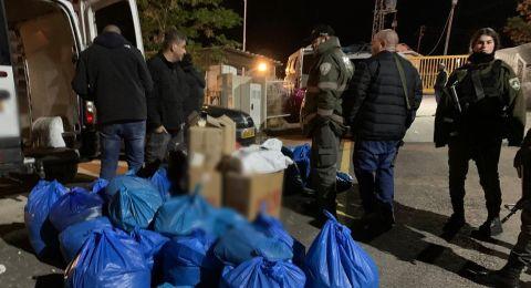 القبض على مشتبهيين حاولا تهريب 38,360 علبة سجائر ونحو 350 كيلو غرام تبغ