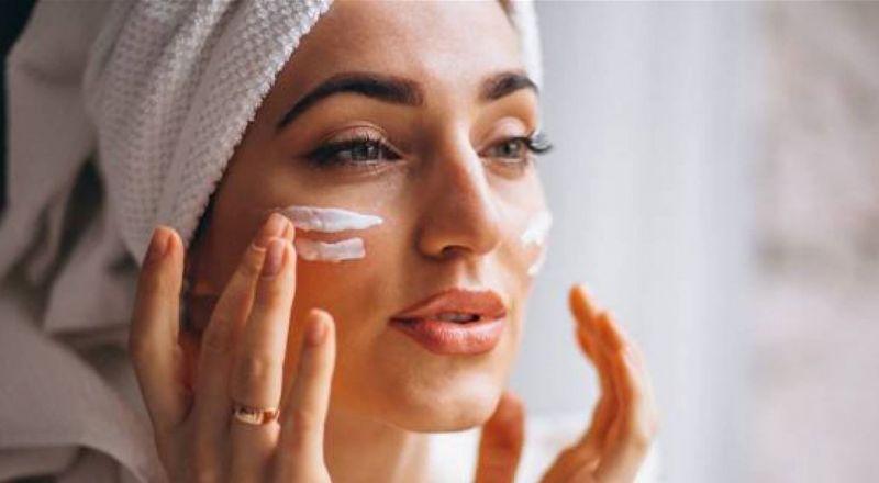 نصائح لا تعرفين بعضها لمنع جفاف بشرتك أثناء الصوم