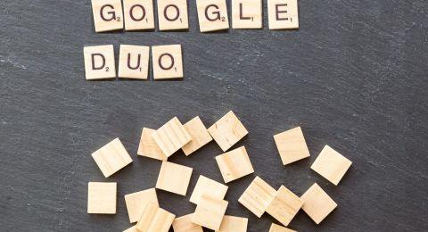 غوغل تبدأ بدعم مكالمات الفيديو الجماعية بتطبيق ديو