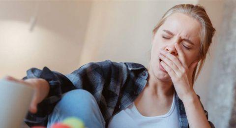 أضرار صحية يُسببها لكِ النوم بعد السحور مباشرة.. احذريها