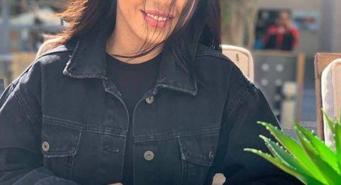 بفستان قصير وصدر مكشوف.. سارة سلامة تثير ضجة بصورها المثيرة في رمضان!