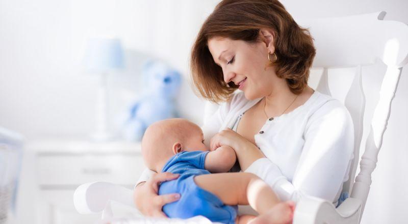 اليك ابرز علامات جوع وشبع الطفل الرضيع!