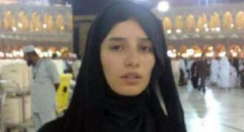 زينة تؤدي العمرة بالعباءة الخليجية وشائعات عن اعتزالها الفن