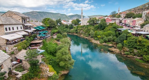 البوسنة... متعة السياحة التراثية في احضان الطبيعة