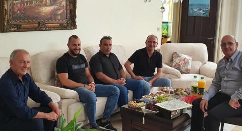 مدير مكتب التلفزيون ودار الإذاعة الأردنية في زيارة دالية الكرمل