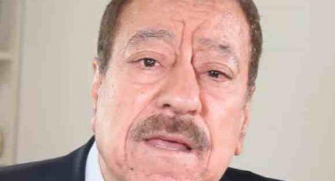 برنارد هنري ليفي الذي يَصِفه أنصاره بأنّه الأب الروحي للثورة الليبيّة يحُط الرّحال في مصراته.