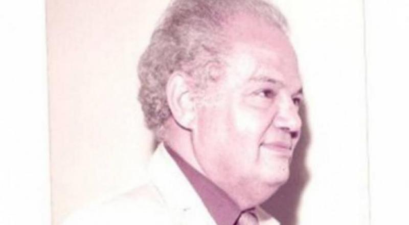 وفاة المؤرخ الشعري للقضية الفلسطينية الشاعر هارون هاشم رشيد