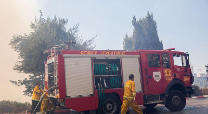 الناصرة: نشوب حريق في أحد الكراجات بحي الصفافرة