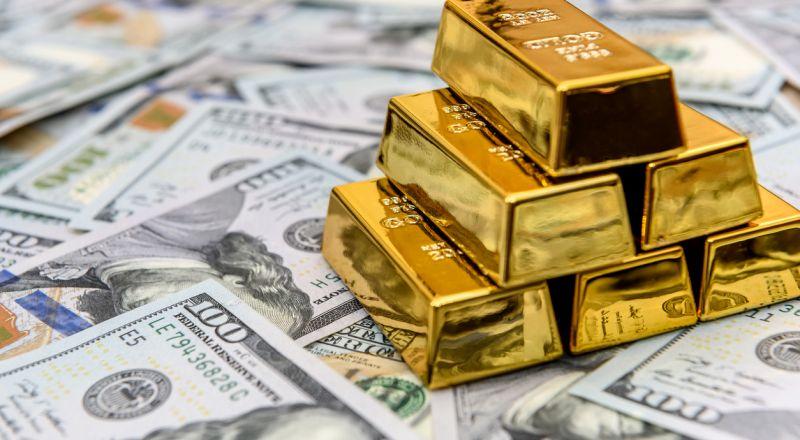 الذهب يتخلى عن بعض مكاسبه